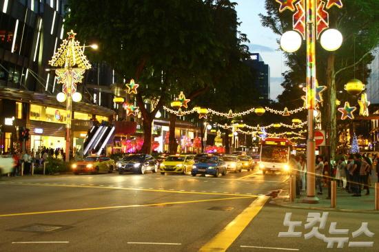 [여행의 찰나] 싱가포르 오차드 로드의 크리스마스 이브