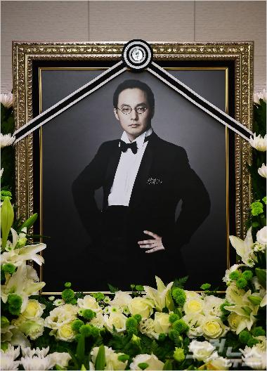 """신해철 측 """"경찰 수사발표 대체로 수긍, 하지만…"""""""