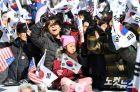 '고립' 택한 친박집회…보수마저 '적'으로