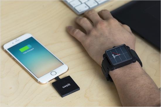 [신기방기] '멋을 아는' 스마트폰 충전 시계 '유볼트 워치'