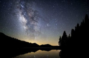 롯지에서 하루를 머물면 요세미티 국립공원의 아름다운 밤 풍경도 감상할 수 있다. (사진=istock 제공)