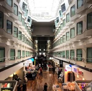 크루즈 내부에는 뷔페 및 레스토랑, 카페 와 나이트클럽, 카지노, 사우나 면세점 쇼핑 시설 등이 있다. (사진=UTS, Tallink Silja Line Official Agency 제공)
