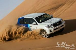 사막의 도시인 두바이에서 사막투어는 반드시 경험해봐야 할 여행의 하이라이트다. (사진=웹투어 제공)