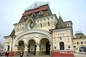 러시아 혁명 전에 지어진 건물 중 가장 아름다운 건축물로 꼽히는 블라디보스토크 기차역. (사진=웹투어 제공)