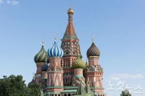 하나의 예술작품처럼 아름다운 외관을 자랑하는 모스크바 붉은 광장의 성 바실 성당. (사진=웹투어 제공)