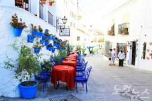스페인 특유의 독특하고 자유로운 분위기는 여행객들의 발길을 이끄는 주요 매력 포인트다.(사진=엔스타일투어 제공)