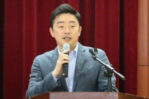 (사진=강훈식 더불어민주당 원내대변인 페이스북 캡처)