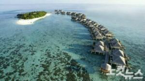 에메랄드빛 몰디브 바다에서 제대로 된 휴양을 만끽해보자. (사진=몰디브데이 제공)