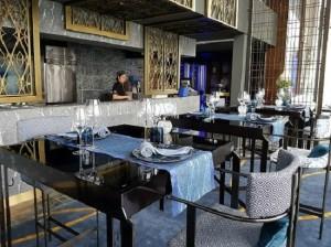 137 필라스 호텔의 시그니처라고 할 수 있는 레스토랑은 단연 여행객의 입맛을 사로잡았다. (사진=스테이앤모어 제공)