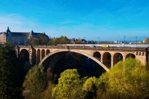 룩셈부르크의 수도인 룩셈부르크에 있는 아치교 아돌프 다리.(사진=투어2000(투어이천)제공)