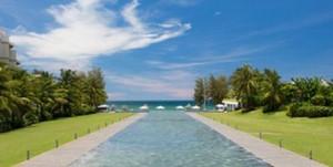가까운 거리에 미케 해변이 있어 환상적인 뷰를 선사하는 풀만 다낭 비치 리조트. (사진=땡처리닷컴 제공)