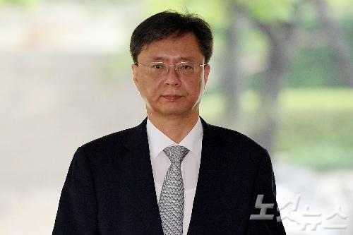 우병우 재판에서 판사의 수사지휘받는 검찰의 수모