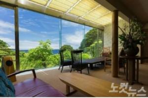 이즈반도는 해변을 따라 온천과 해수욕장이 즐비한 일본의 손꼽히는 온천도시이다(사진=투리스타 제공)