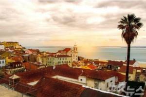 중세의 모습을 고스란히 간직한 리스본의 구시가지는 아련한 향수를 느끼게 해줘 유럽인들의 주말여행지로 인기가 높다(사진=투어2000(투어이천) 제공)