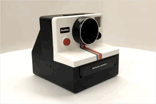 [신기방기] '움짤' GIF 만들어주는 폴라로이드 카메라