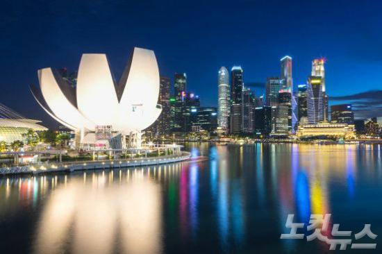뒤늦은 휴가 준비…'홍콩·싱가포르'로 떠나자