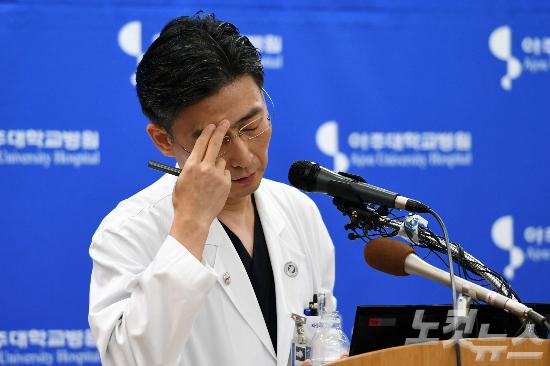 """북한병사 인권침해 논란 '일파만파'…이국종, 1시간 반동안 """"힘들다"""""""