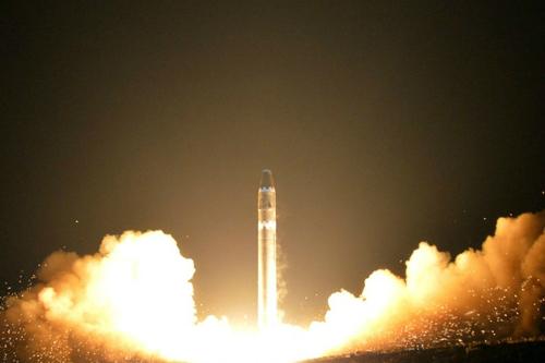 [논평] 북한의 ICBM급 도발 국면에 우리는 엇박자인가