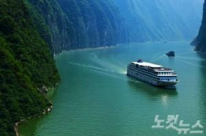 크루즈로 잔잔한 양쯔강을 항해하며 삼국지 무대의 비경들과 관광명소를 기항하는 최고인기 크루즈 장강삼협 5일(사진=웹투어 제공)