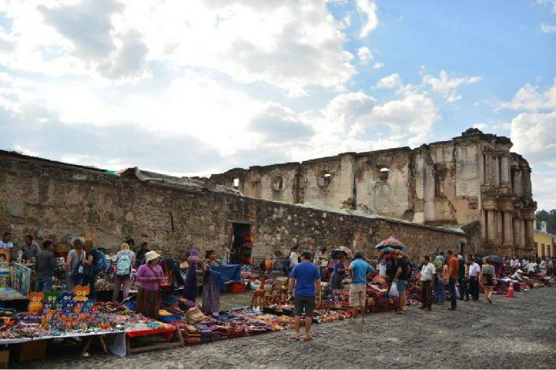 여행객들의 설렘과 아쉬움이 공존하는 '과테말라'