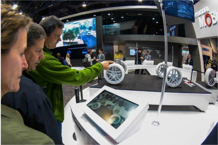 "[CES 2018]현대모비스, ""미래車 전자바퀴 기술 'e-Corner모듈' 2021년까지 개발"""