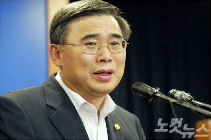 """이종석 전 장관 """"남북 정상회담, 이르면 올 가을도 가능"""""""