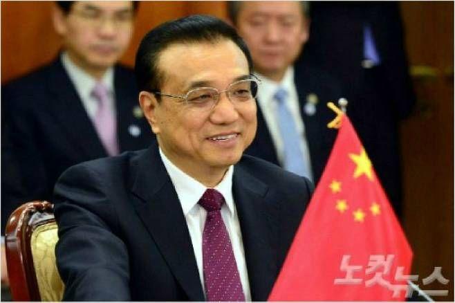 [뒤끝작렬] 시진핑의 라이벌에서 신하로…중국 정치천재 리커창의 몰락