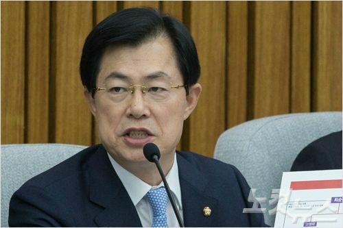 """한국당 """"김경수와 주변 계좌 '뭉칫돈' 파악해야"""""""