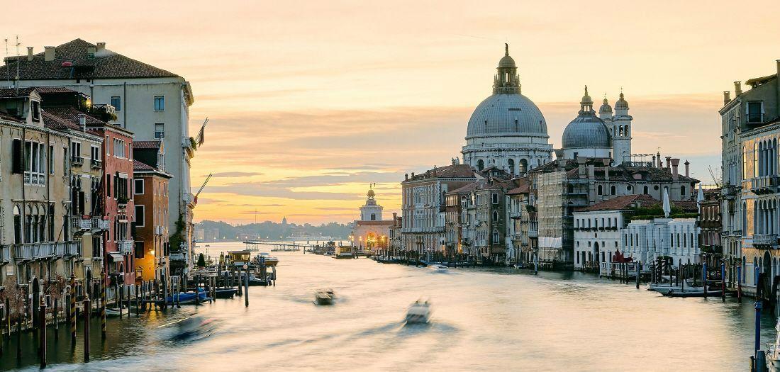 '단체배낭여행'으로 떠나는 낭만 가득한 유럽