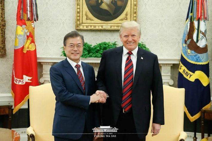 """박지원 """"트럼프 입에서 처음나온 '체제보장'…北 만족할 것"""""""