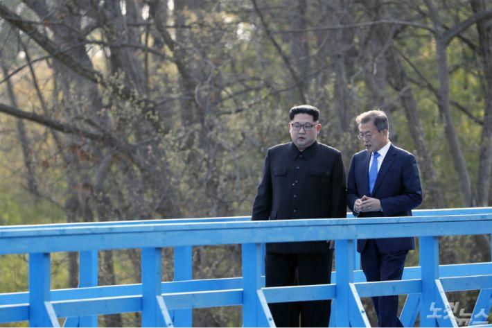 문재인 대통령, 김정은 위원장 두번째 정상회담 개최(2보)