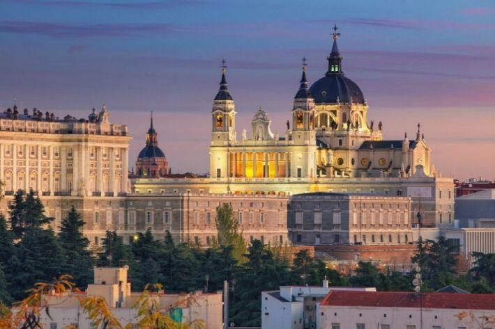 화려한 역사를 간직한 스페인으로 떠나는 낭만 여행