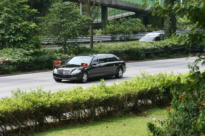 김정은 중국 항공기편으로 싱가포르 도착, 역사적인 북미정상회담 준비 착수