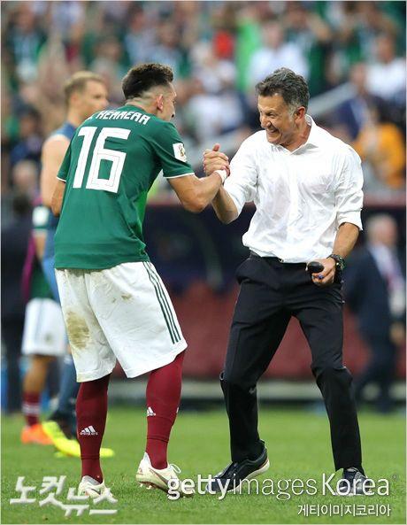 "[WC초점] ""독일전, 100% 아니었다"" 멕시코 감독의 깜짝 고백"