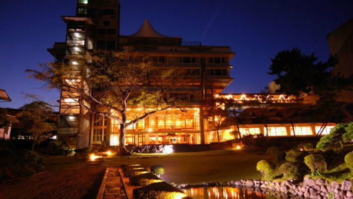 100년 전통의 료칸에서 즐기는 오감만족 '온천여행'