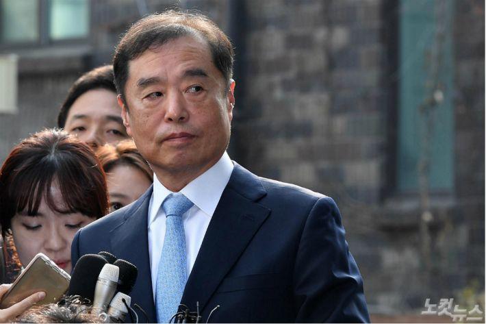 """김병준 """"新보수깃발 세워야""""…한국당 비대위원장 의지 피력"""