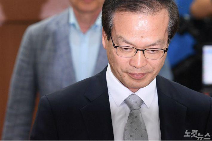 특검, 드루킹 측근 변호사 긴급체포…'노회찬 자금전달 관련'