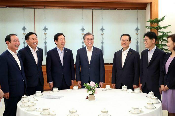 주머니 비운 국회…'정부 특활비' 수술도 불가피