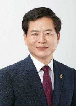 장석웅 전남교육감, 민선3기 첫 직무수행평가 전국 2위