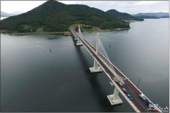 산달연륙교(사진=거제시청 제공)