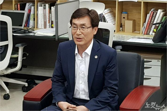 이장섭 충북도 정무부지사 (사진=김종현 기자)