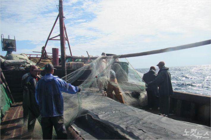 불법 조업 중이던 중국 어선이 해양수산부 서해어업관리단에 나포됐다(사진=해양수산부 서해어업관리단 제공)