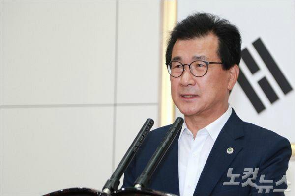 """이시종 충북지사 """"9·13 부동산 대책, 지방 침체 가속화 우려"""""""