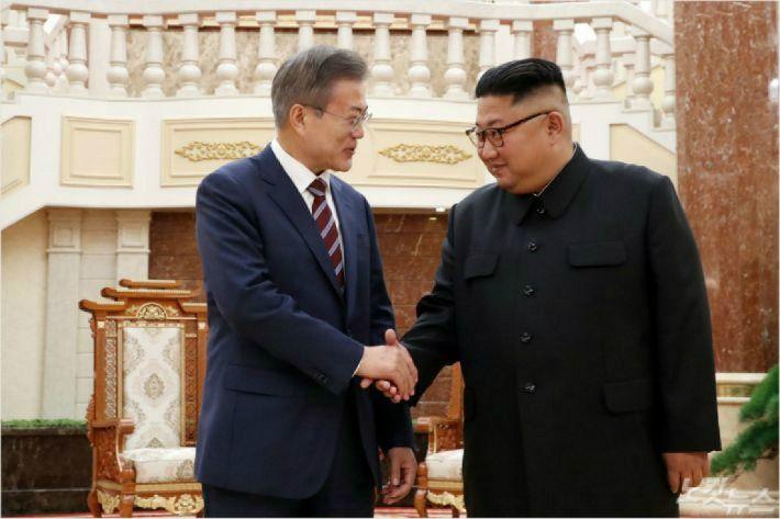 """방북 3당 대표 '노쇼' """"의도적인듯"""" vs """"해명 들어봐야"""""""