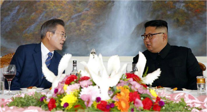 """김정은 '서울방문' 약속에…시민들 """"놀라운 변화"""""""