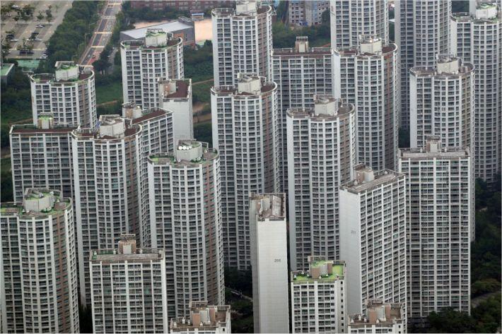 수도권 규제지역 1주택자 추가대출, 교육·근무 목적도 불허(종합)