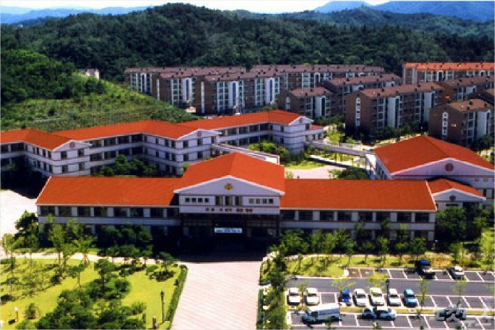 포항제철지곡초등학교 전경(홈페이지 캡쳐)