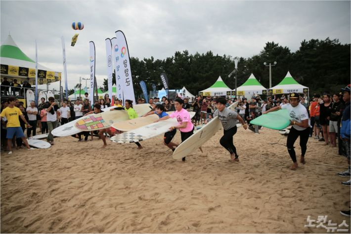 양양 서핑 페스티벌. (사진제공-양양군청)