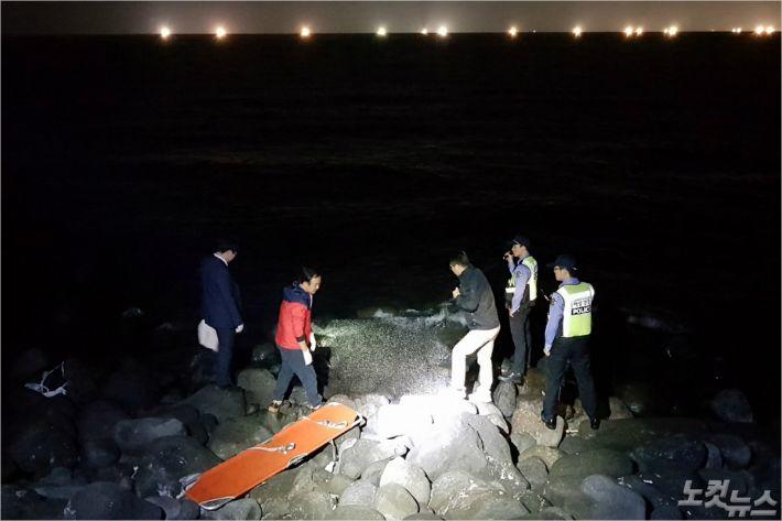 장모(3)양 시신이 발견된 제주시 애월읍 신엄리 해안가. (사진=제주해양경찰서 제공)