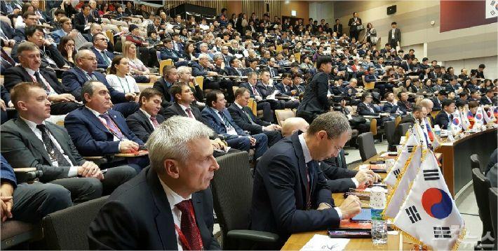 포스코 국제관에서 열리고 있는 한-러 지방협력 포럼. 문석준 기자